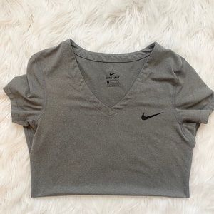 NIKE DRI-FIT Athletic Shirt ❤️❤️❤️
